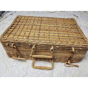 Vintage Boho Wicker Picnic Basket Rattan Case